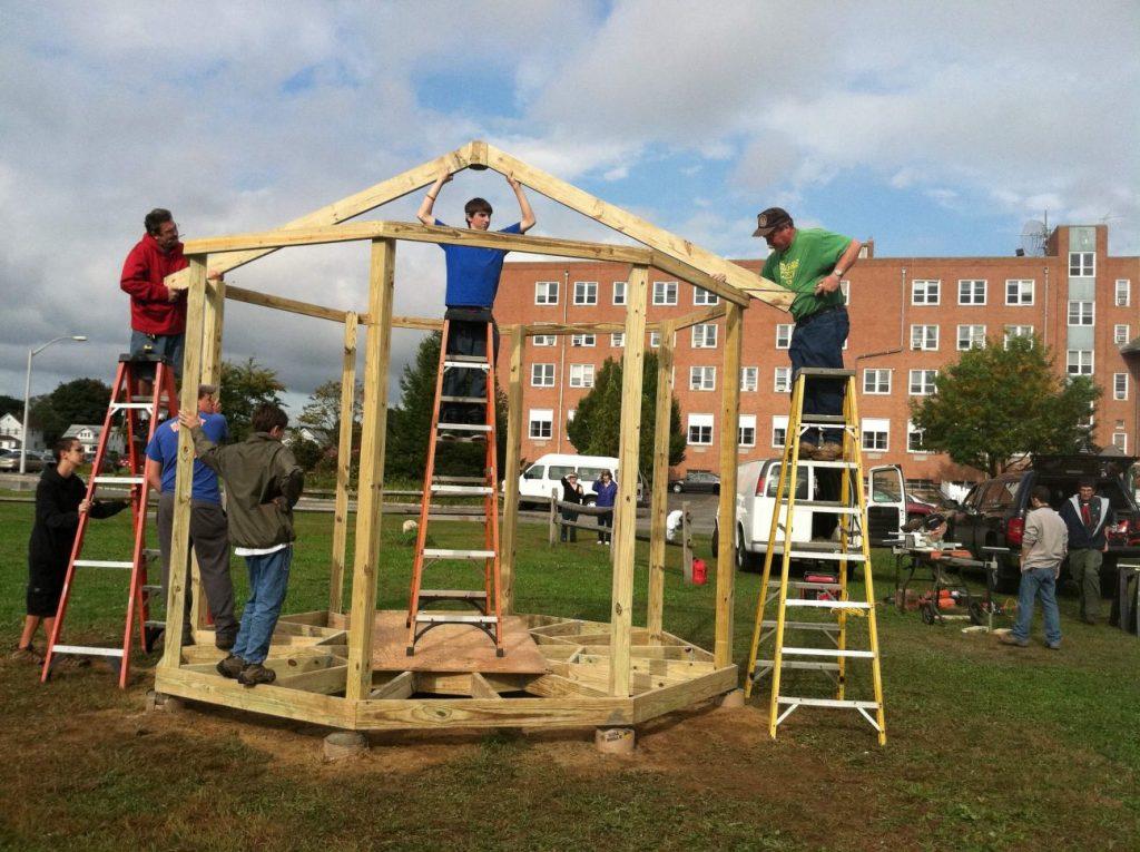 Building gazebo